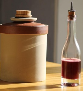 Du vinaigre de vin bio maison.