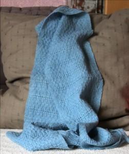 Echarpe en laine et teinte au pastel